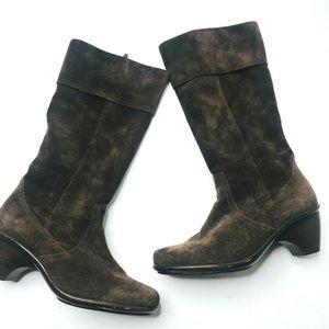 Dansko Women's Brown Suede Zip Up Heeled Boots 9